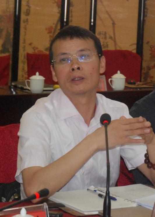 上海建科工程咨询有限公司总工程师周红波做调研交流