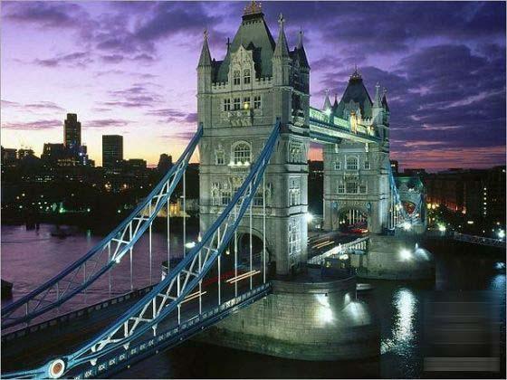 英国地标建筑伦敦塔桥