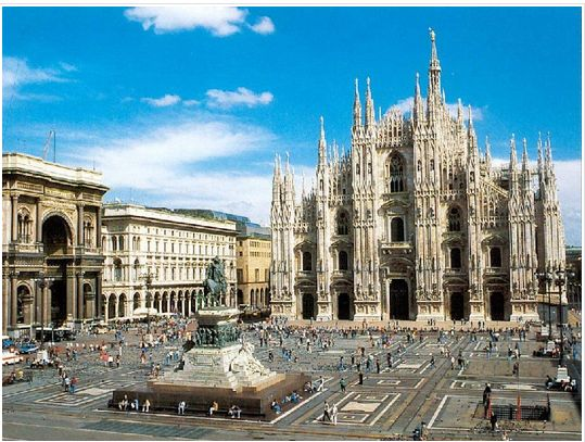 哥特式建筑代表作--米兰大教堂