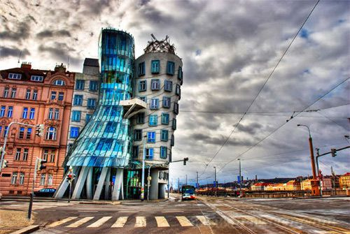 世界上最奇怪的建筑_建设工程教育网