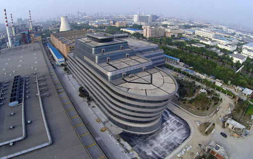 红杏为我出墙:这算啥,广州生物岛有个轮船酒店,十几层高,楼顶有